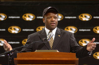 3-26-2006 Coach Mike Anderson introductory press conference